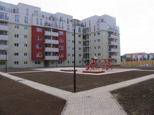 Apartamente noi cu toate facilitatile