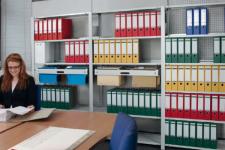 Rafturi metalice pentru birouri