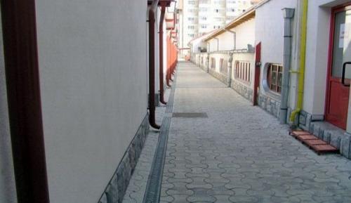 Rigole pietonale - Complex comercial Piata Decebal Brasov