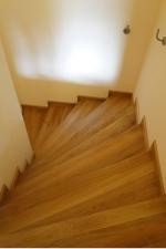 Scari interioare lemne