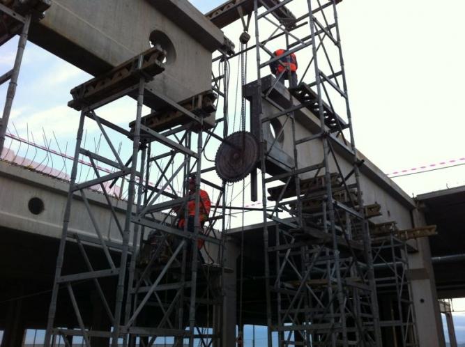Taiere diamantata grinzi prefabricate din beton