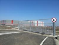 Porți de acces batante