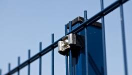 Stâlpi metalici pentru gard