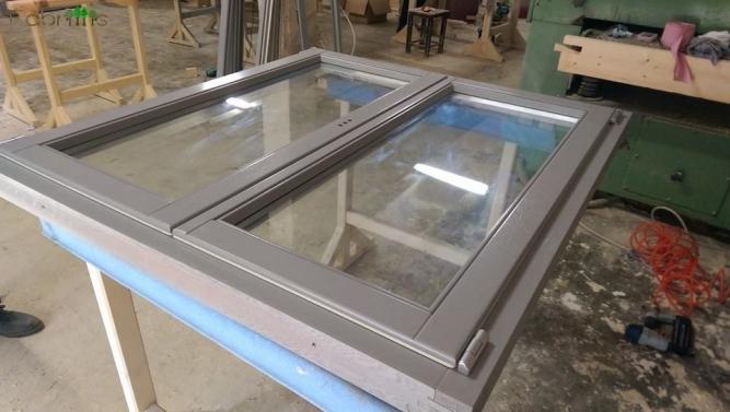 Productie ferestre cu profil din lemn
