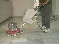 Curățare și întreținere pardoseli