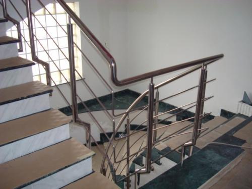 Balustradă inox cu 4 traverse