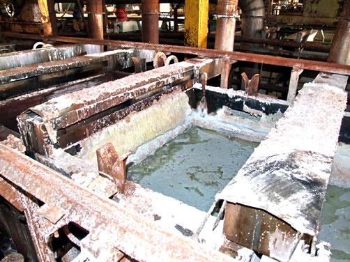 Decontaminare amplasamente si instalatii industriale