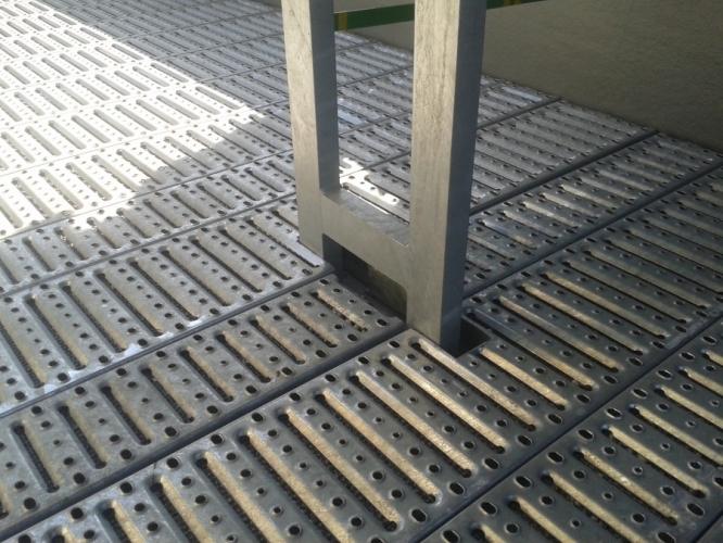 Gratare metalice perforate