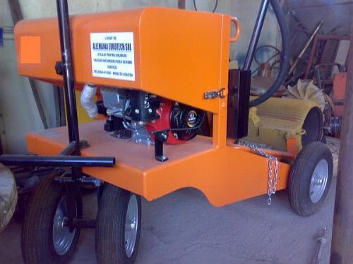 Mașină de amorsat cu emulsie bituminoasă