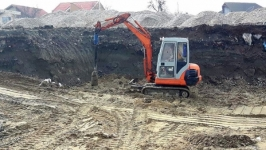 Închirieri utilaje de construcții