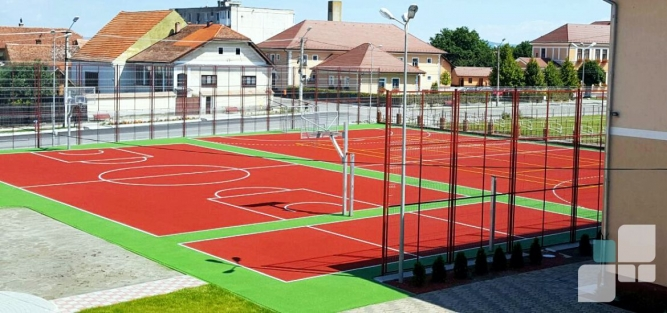 Pardoseli Sport Outdoor Școala Prejmer Brașov