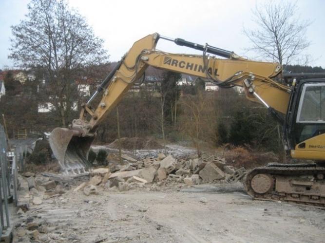 Demolare casă