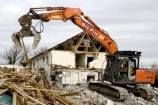 Demolări clădiri